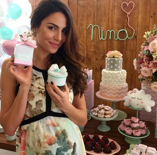 Abril de 2017: Mel no chá de bebê de Nina (Foto: Reprodução/Instagram)