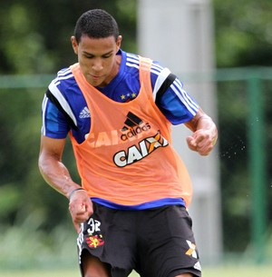 Oswaldo Sport (Foto: Aldo Carneiro / Pernambuco Press)