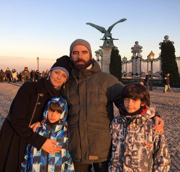 Maria Fernanda Cândido com família (Foto: Reprodução/Instagram)