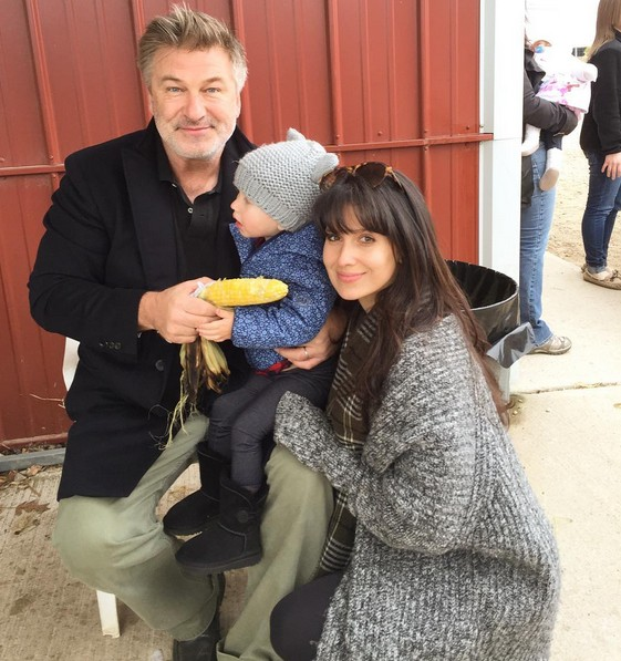 Alec Baldwin e família  (Foto: Instagram)
