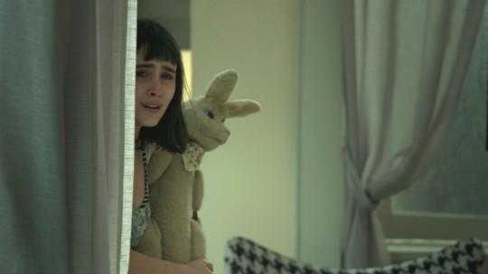 Teaser: Bebeth escuta que é a culpada pela morte da mãe