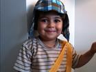Juliana Paes posta foto do filho fantasiado de Chaves