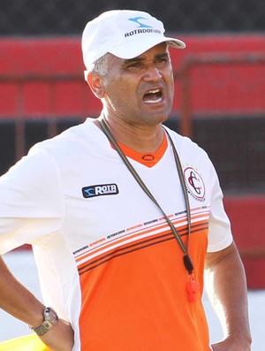 Oliveira Canindé, técnico do Campinense (Foto: Magnus Menezes / Jornal da Paraíba)