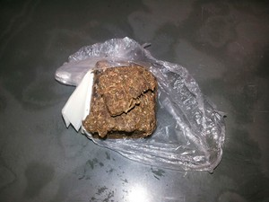 Foram apreendidas 50 gramas de maconha na Penitenciária Rogério Coutinho Madruga, na Grande Natal (Foto: Divulgação/Coape-RN)