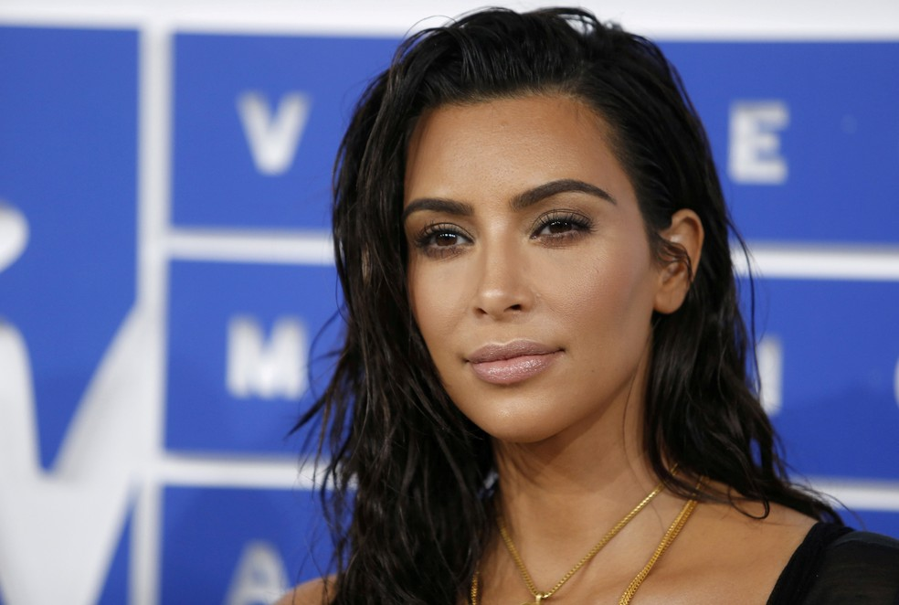 Kim Kardashian posa para foto no MTV Video Music Awards 2016, em Nova York (Foto: REUTERS/Eduardo Munoz/File photo)
