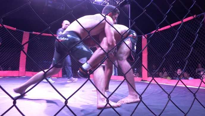 Fight Team Junior Oliveira, em Cereijeiras (Foto: Alan Souza/Folha de Vilhena)