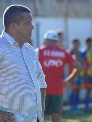 Givanildo gostou da movimentação dos atletas (Foto: Felipe Martins/GLOBOESPORTE.COM)