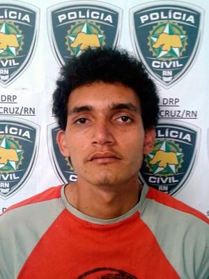 Segundo a polícia, David Pinheiro da Costa, de 22 anos, admite ter matado a própria mãe (Foto: Divulgação/Polícia Civil do RN)