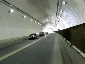 Túnel da Vila Zilda, no Guarujá, SP (Foto: Marcos França/Prefeitura de Guarujá)