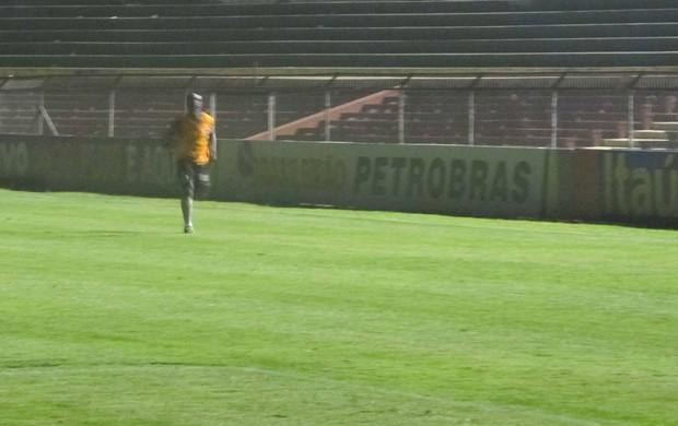 Seedorf treinando depois do jogo do Botafogo (Foto: Diego Ribeiro / Globoesporte.com)