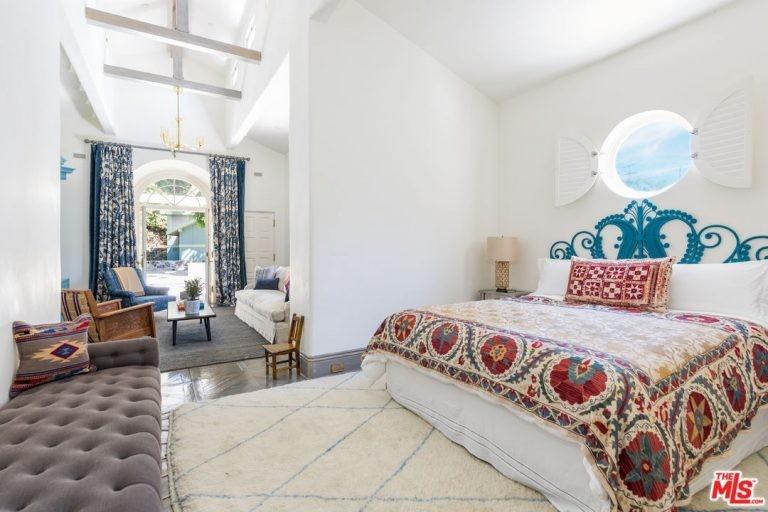 Quarto da mansão de Katy Perry em Hollywood Hills (Foto: Divulgação / Trulia)