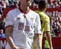 Sevilla tropeça no Villarreal e fica para trás na perseguição a Barcelona e Real