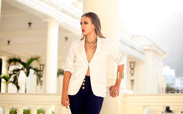 [MODA] Juliana Silveira posa para ensaio de moda no EGO (Foto: Marcos Serra Lima/EGO)