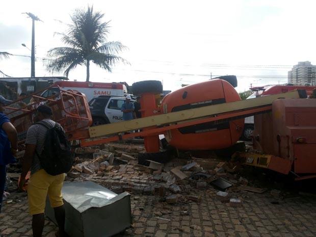 Acidente aconteceu em uma empresa de locação de equipamentos pesados (Foto: Divulgação/Polícia Militar do RN)