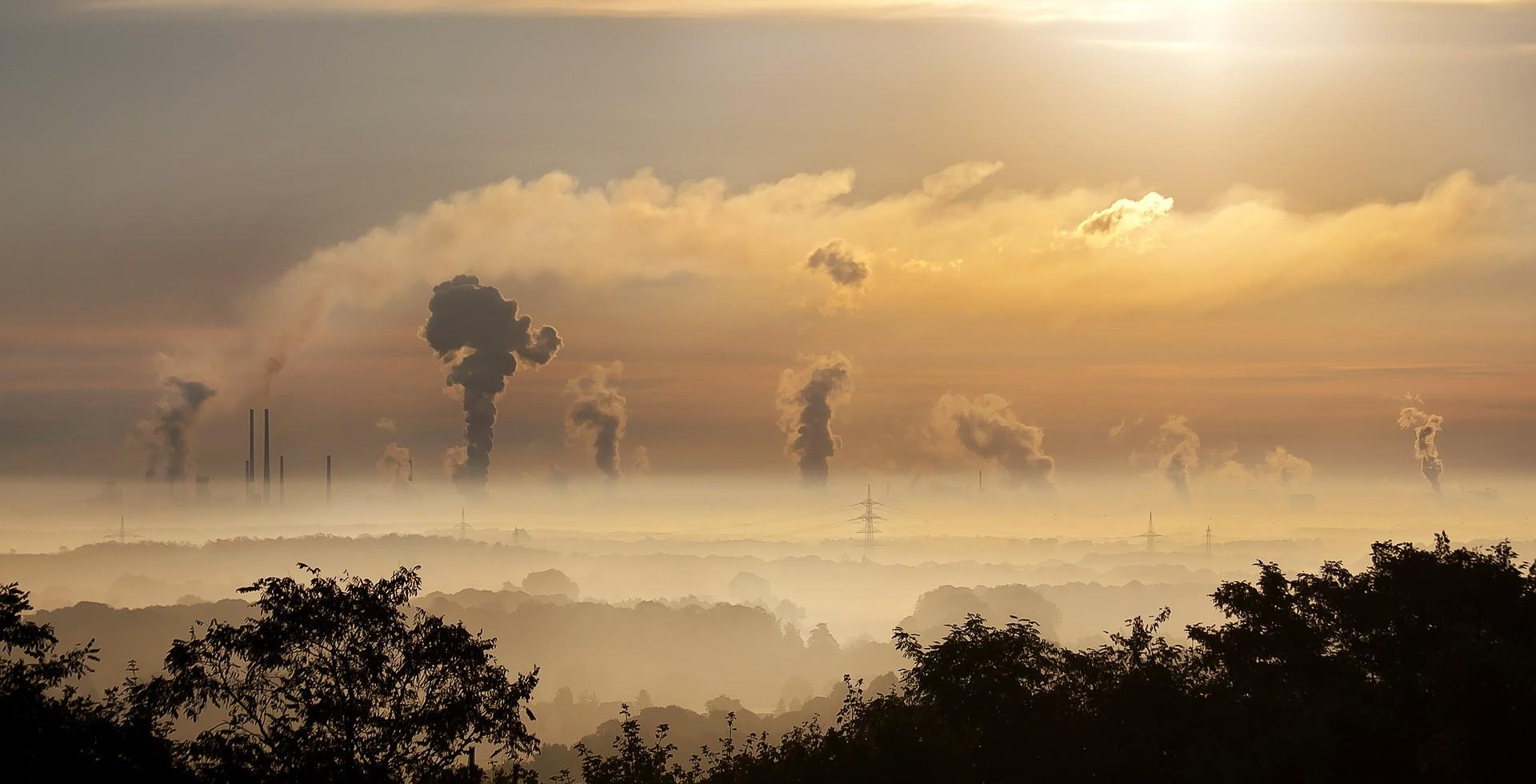 Humanidade joga 40 bilhões de toneladas de CO² na atmosfera todo ano (Foto: Creative Commons / Foto-Rabe)