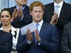 Príncipe Harry assiste a jogo entre Inglaterra e Costa Rica