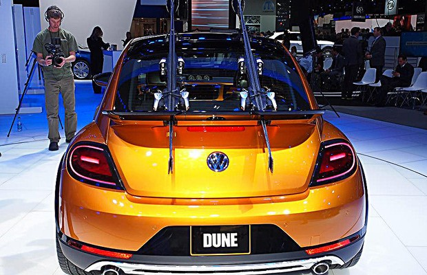 VW Beetle Dune no Salão de Detroit 2014 (Foto: Newspress)