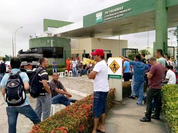 Servidores permanecem mobilizados nos seus locais de trabalho (Foto: Sindipetro/Divulgação)
