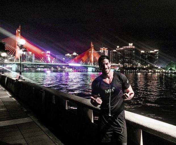 Ex-BBB Roni Mazon está passando uma temporada na China (Foto: Reprodução/Instagram)