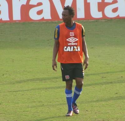 Andrezinho treino Vasco (Foto: Sofia Miranda / GloboEsporte.com)