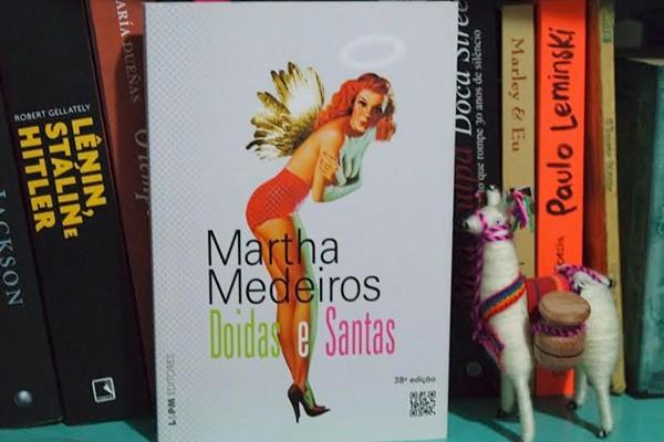 """""""Gosto de ler uma crônica por dia, mas as vezes não consigo ficar só em uma"""", comenta Marcela. (Foto: Arquivo Pessoal)"""
