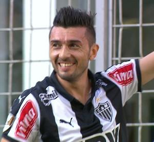 Dátolo comemora gol pelo Atlético-MG (Foto: Reprodução/TV Globo Minas)