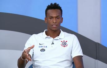 Jô diz que mudança no futebol passa pelo comportamento dos jogadores