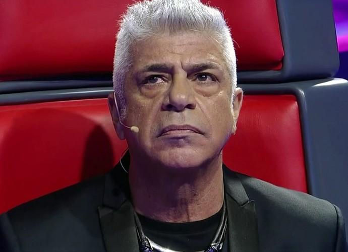 Lulu Santos fica de boca aberta ao escutar apresentação (Foto: TV Globo)