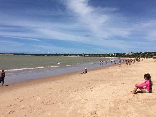 Praia do Cabo Branco, em João Pessoa (Foto: Krystine Carneiro/G1)