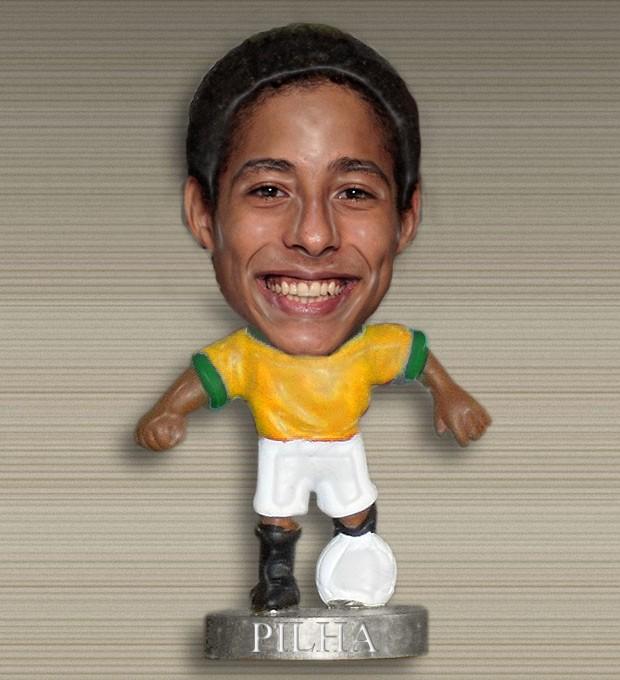 Pilha é mini... (Foto: Malhação / TV Globo)