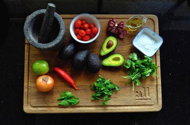 Ingredientes para a deliciosa guacamole (Foto: André Lima de Luca)