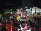 Manifestantes realizam ato contra o impeachment de Dilma, em Belém