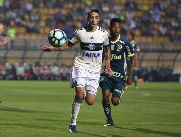 Rildo tenta, mas Coritiba não cria contra Palmeiras