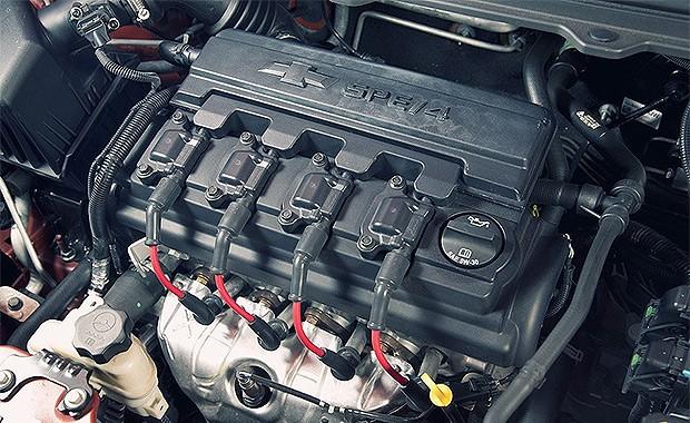 Motor 1.0 dos Chevrolet Onix e Prisma são afetados pela falha (Foto: Fabio Aro/Autoesporte)