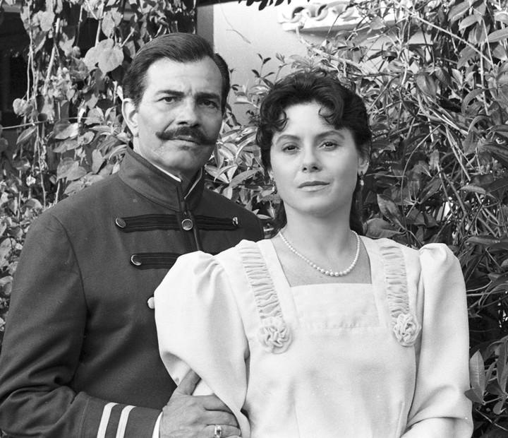 Em 'Desejo', Vera Fischer ficou morena para viver Anna, mulher do escritor Euclides da Cunha (Foto: Cedoc / TV Globo)