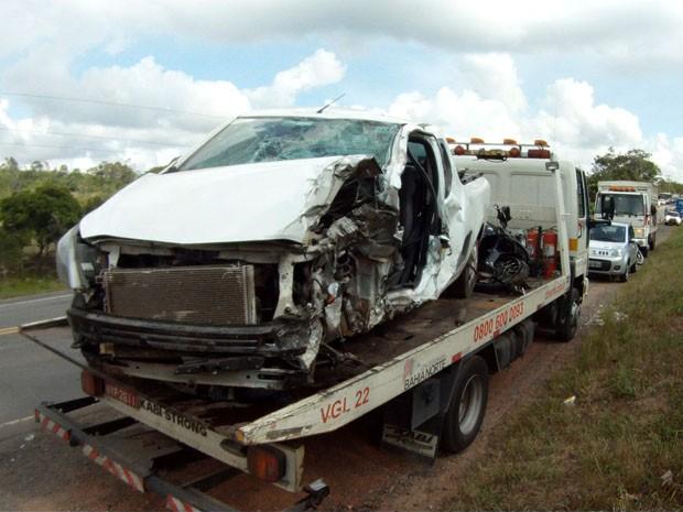 carreta acidente bahia (Foto: Imagens/TV Bahia)