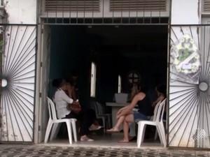 Família pede apuração da morte da jovem (Foto: Reprodução/TV Santa Cruz)