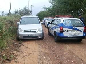 Veiculo estava com as portas destravadas e chave sobre o banco do motorista (Foto: Divulgação/Guarda Civil Municipal)