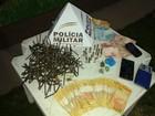 Adolescente é detida com drogas, munições e dinheiro em Divinópolis