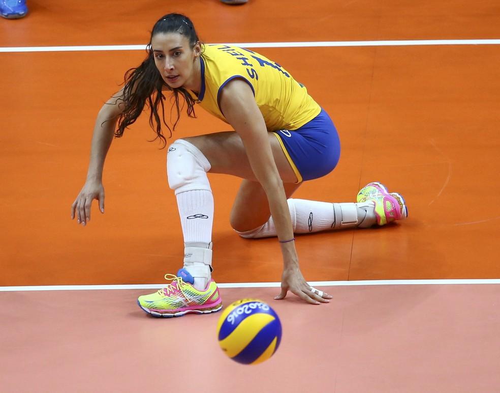 Após período sabático, Sheilla tem no ranking uma barreira para voltar ao vôlei brasileiro (Foto: Marcelo del Pozo/Reuters)