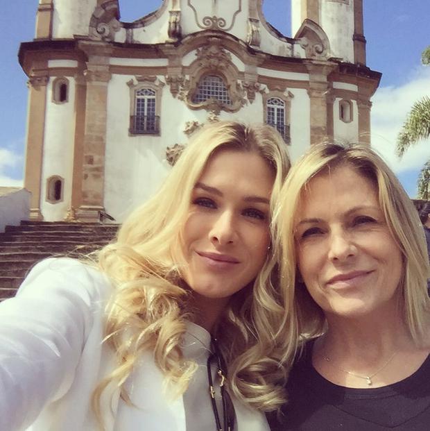 Fiorella Mattheis posta foto com a mãe (Foto: Reprodução/Instagram)