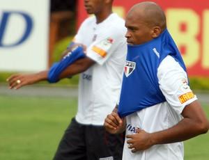 Edson Silva, Treino São Paulo (Foto: Anderson Rodrigues / Globoesporte.com)