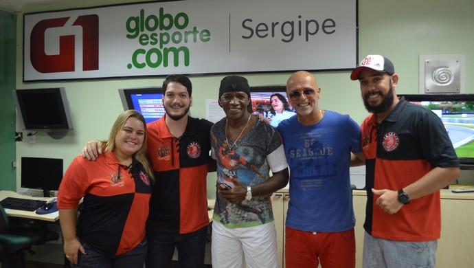 Adílio e Júlio César Uri Geller; FLACAJU; Flamengo; (Foto: Osmar Rios / GloboEsporte.com)