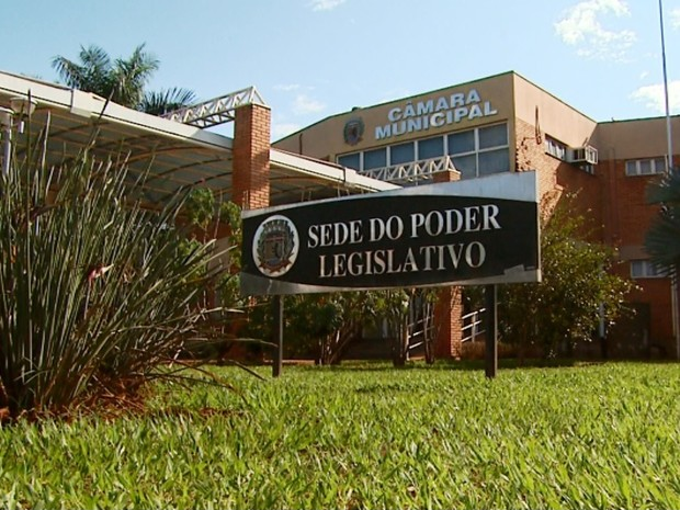 Câmara de Pradópolis aguarda comunicado oficial sobre prisão de vereadora (Foto: Reprodução/EPTV)