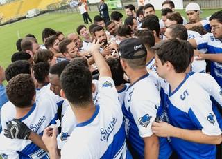 Barra Mansa Sloths vem dando os primeiros passos no futebol americano (Foto: Gustavo Kato)