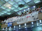 Grupo protesta na Câmara contra a reforma da educação em Uberlândia