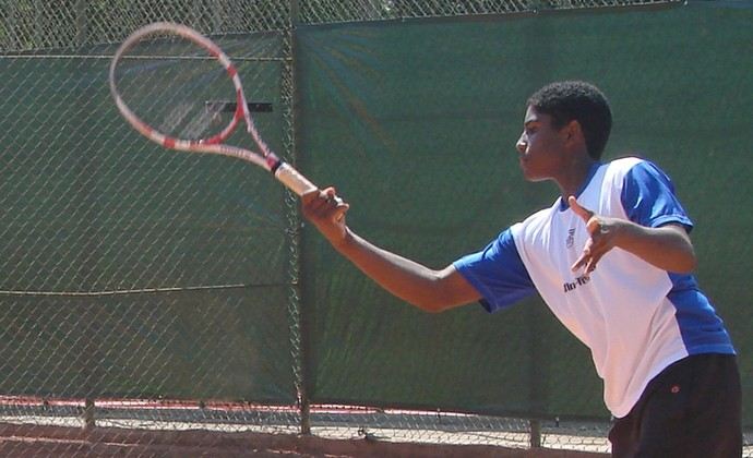 João Lucas Reis, tenistas São José dos Campos (Foto: Thiago Fadini/GloboEsporte.com)