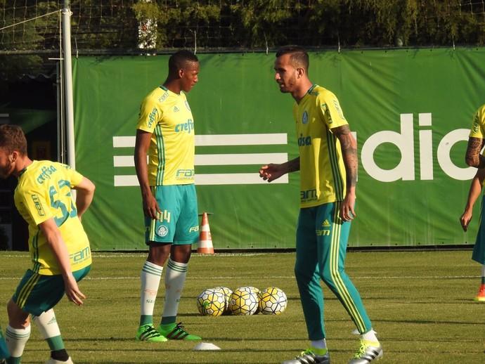 Leandro Pereira Mina Palmeiras (Foto: Felipe Zito)