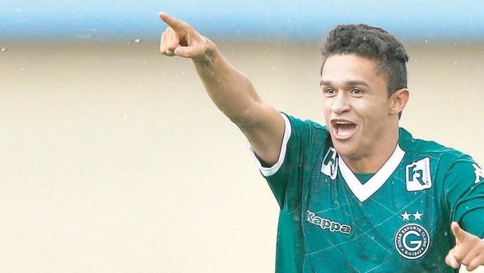 Erik, atacante do Goiás (Foto: O Popular)