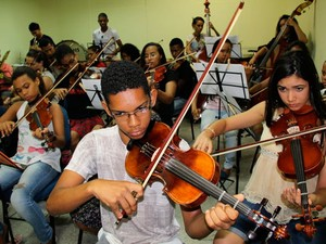 Conservatório tem 72 vagas em cursos de instrumentos de orquestra (Foto: Divulgação)